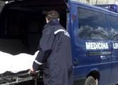 Morți SUSPECTE in Argeș - Două  cadavre transportate la morgă