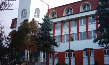 Executori fiscali în primǎria Curtea de Argeş -Datoriile istorice, gaurǎ la buget
