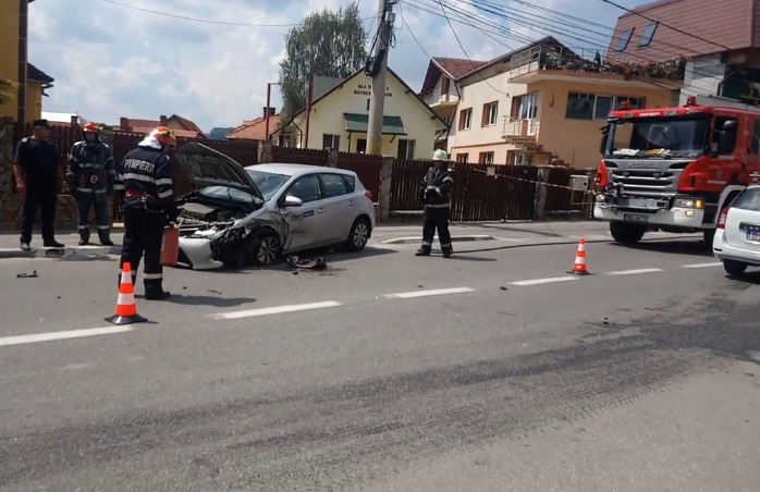 VIDEO ACUM ! Accident grav la Curtea de Argeş