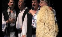 Concert de colinde, datini şi obiceiuri de Crăciun şi Anul Nou