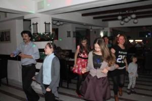 Si copii au dansat