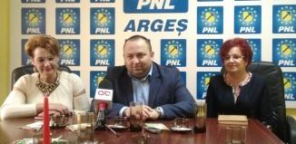 """Sofianu ameninţă că va pleca din filială dacă tot o """"slugă"""" a PSD va conduce partidul"""