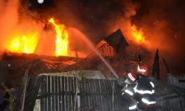 Biserica incendiata in Arges