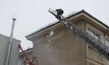 Pompierii au intervenit de urgenta la Curtea de Apel si Primaria Pitesti