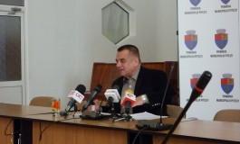 Blocaj la Primăria Piteşti . Viceprimarul Cornel Ionică crede ca Prefectura Argeş face jocuri politice