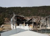 Se dărâmă hala cu deșeuri toxice! Unde sunt cianurile?