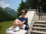 S-a sinucis in Italia dar parintii vor sa o inmormanteze la Curtea de Arges