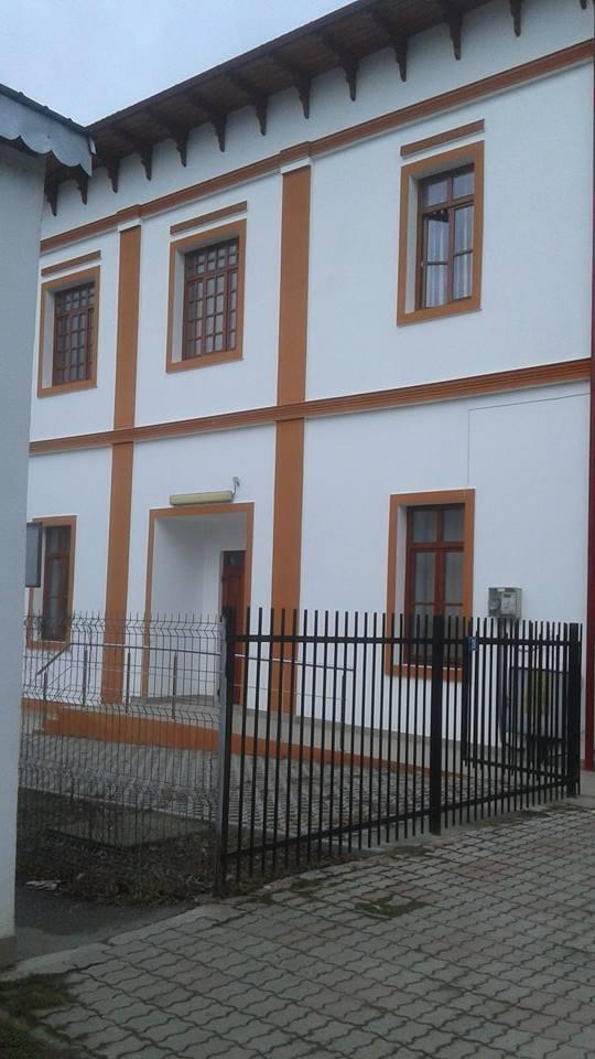 Centrul de recreere pentru pensionari, probleme încǎ de la deschidere – 30 de locuri pentru 3000 de pensionari
