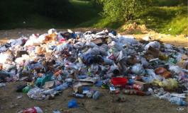 Parcul Făget a rămas tot o groapă de gunoi a Piteștiului