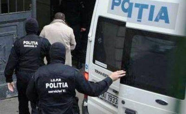 Sapte persoane duse in arestul IPJ – Lista celor care clonau carduri