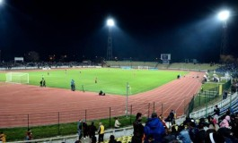 Meci mare pe stadionul Nicolae Dobrin - Poliţiştii se bat cu procurorii