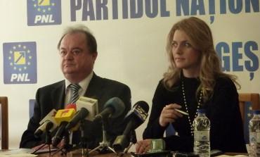Reacţia lui Vasile Blaga faţă de candidatura lui Traian Băsescu la Primăria Bucureşti