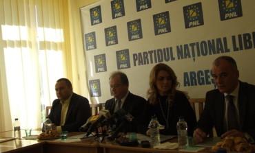 Senatorul PNL Iani Popa : personalitatile din societatea civila evita sa se implice in politica