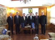 Ambasadorul Cehiei a venit azi în Piteşti la invitaţia Instituţiei Prefectului şi a Camerei de Comerţ şi Industrie Argeş