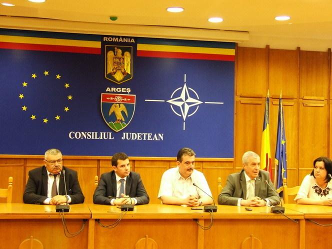 Avem o obligaţie : să sprijinim capitalul şi firmele româneşti; cele străine externalizează profitul – a declarat Tăriceanu