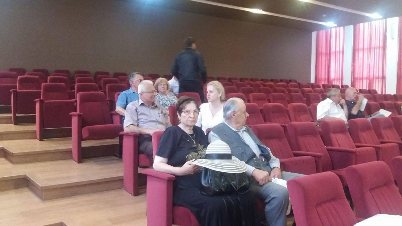 Candidati la primarie, prezenti la sedinta de consiliu