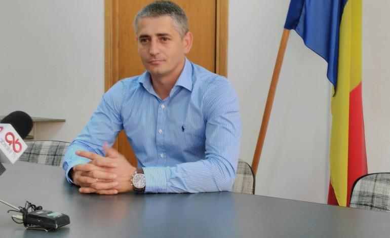Dumitru Tudosoiu propune suspendarea cursurilor pentru marţi şi miercuri