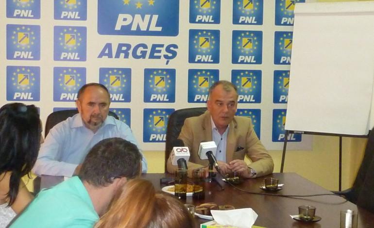 Bambilicii PNL vor sa continue la sefia partidului ! LA LOC COMANDA !