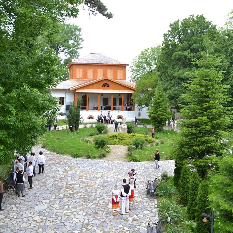 Unicul ansablu fortificat laic din Ţara Românească se află în Argeş şi este un exemplu de bună practică la nivel naţional