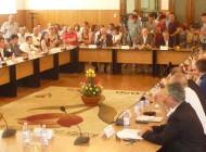 Astăzi au fost constituite oficial conducerea Primăriei Piteşti şi componenţa Consiliului Local pentru următorii 4 ani