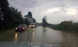 Astăzi  fost finalizată prima etapă a proiectului Watman împotriva inundaţiilor  şi tot astăzi DN 7 Piteşti –Rm Vâlcea a fost inundat
