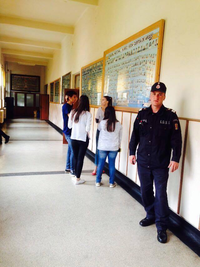 ARGES – 110 absenti astazi, la BAC – Un elev a dat examenul in arest