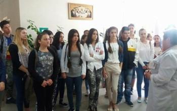 Elevii de 10 din Mioveni au primit cadou din partea primariei, o excursie la Chisinau