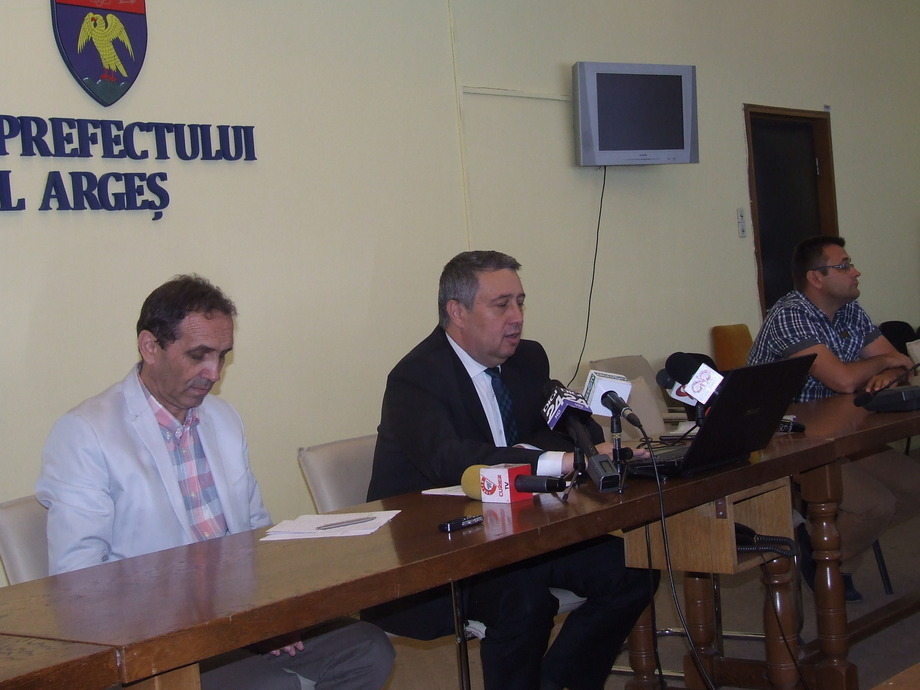 Primarul din Berevoieşti ştia că există minori exploataţi. O persoană sechestrată a murit la 1 noiembrie 2015