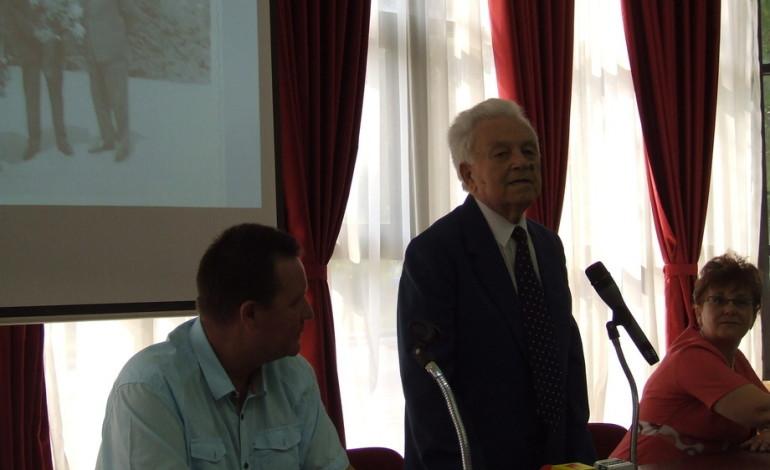 Părintele UPIT – afectat de marea epurare din 1952 pentru că nu aplica tezele staliniste