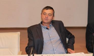 RUŞINE LOR, FELICITARI LUI ! Ion Şerban, singurul consilier local care şi-a depus raportul de activitate