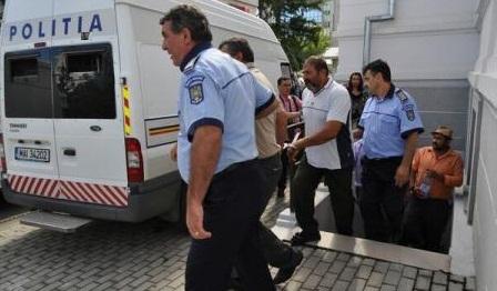 Stapanele de sclavi din Berevoiesti au iesit din inchisoare