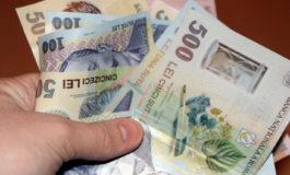 Argeşenii continuă să câştige mai puţini bani din munca lor decât media pe ţară