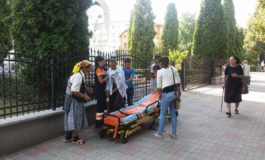 La o ora dupa ce a fost externat de la spital, a lesinat pe strada - A fost chemata ambulanta