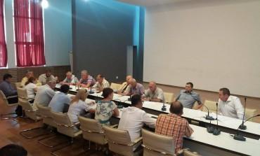 Sedinţǎ de consiliu la Curtea de Argeş – 14 puncte pe ordinea de zi