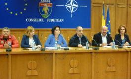 Consiliul Judetean imparte bani primarilor - Vezi lista comunelor favorizate