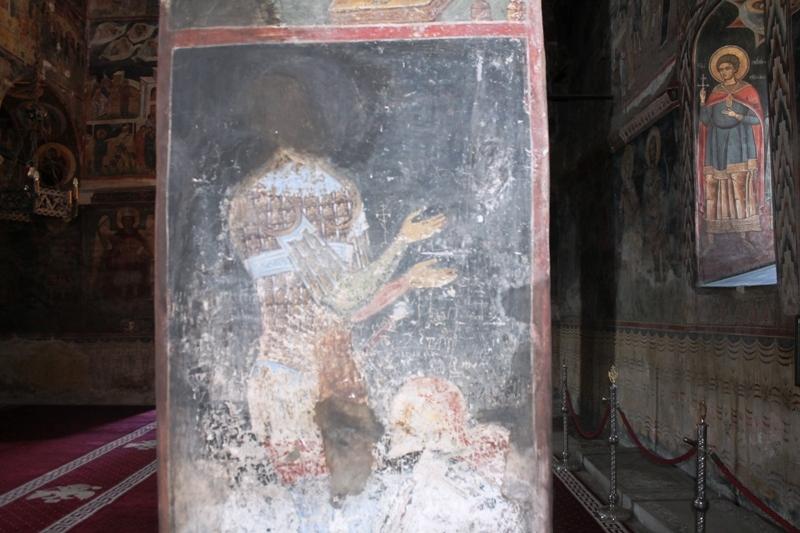 mormant-chinez-biserica-domneasca-1