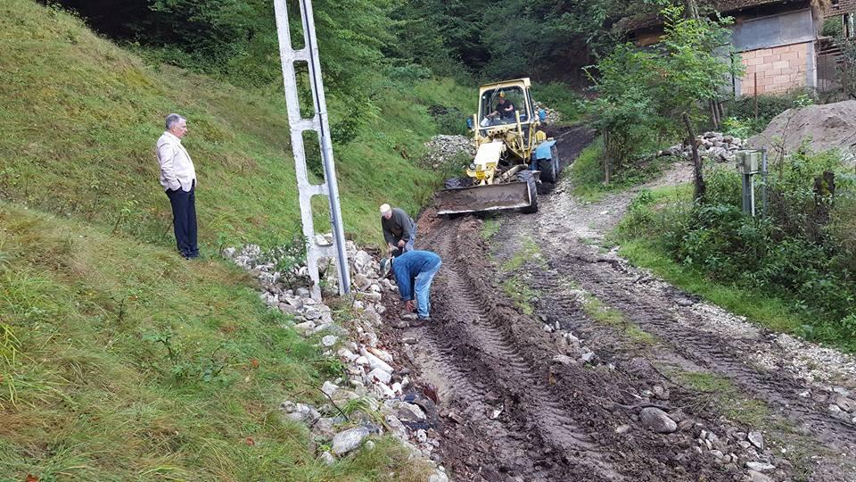 Argeșenii erau izolați – S-a amenajat un drum pe Valea Doamnei