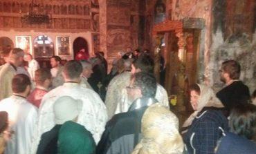 Bataie in biserica - Doi batrani au ajuns la spital