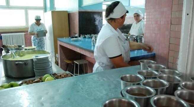 """Au fost depistate cauzele toxiinfecţiei alimentare de la """"Aripi deschise """" din Piteşti"""