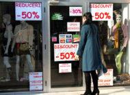 Atenție argeșeni - Jecmăneală pe față în magazine cu reduceri fictive de preţuri