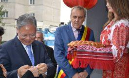 Ambasadorul Chinei, cetatean de onoare al Mioveniului