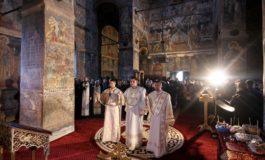 EXCLUSIV! Ministrul culturii a venit sǎ vadǎ kitsch-ul de la Biserica Domneascǎ