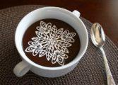 TOP 10 Cadori perfecte de sărbători pentru iubitorii de cafea: De la decoraţiuni savuroase, până la molecule
