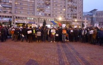 PROESTE de amploare la PITESTI - Jandarmii au luat masuri!