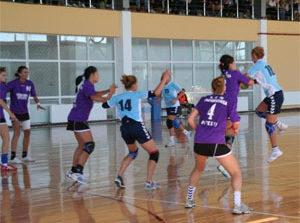 La Piteşti începe Campionatul Naţional Universitar de handbal feminin