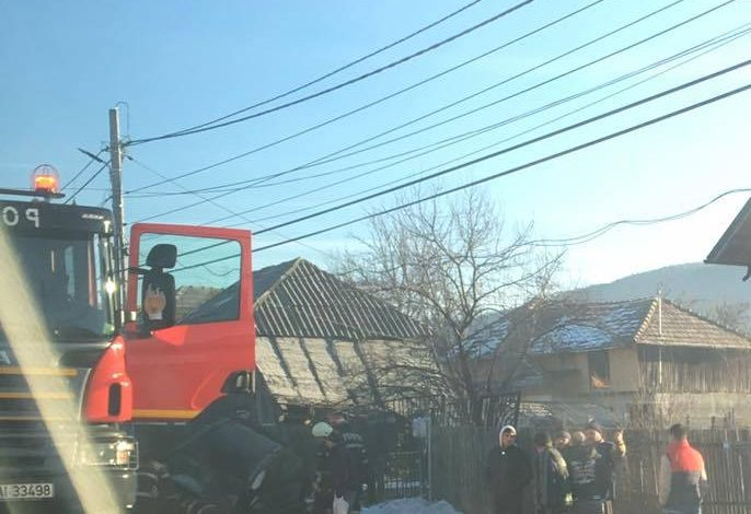 Pericol de explozie – S-a oprit cu masina in conducta de gaze