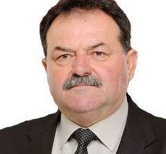 Primarul din Malureni a cumparat felicitari pentru toti locuitorii comunei