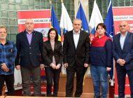 Ei sunt noii directori ai scolilor din Mioveni - Azi au semnat contractele