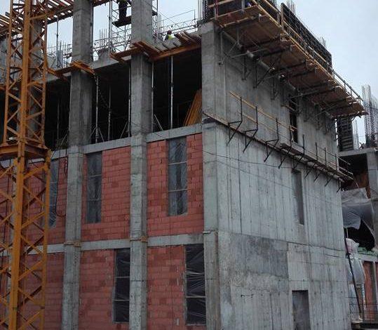 S-a construit si etajul cinci al spitalului din Mioveni – Se lucreaza in ritm alert
