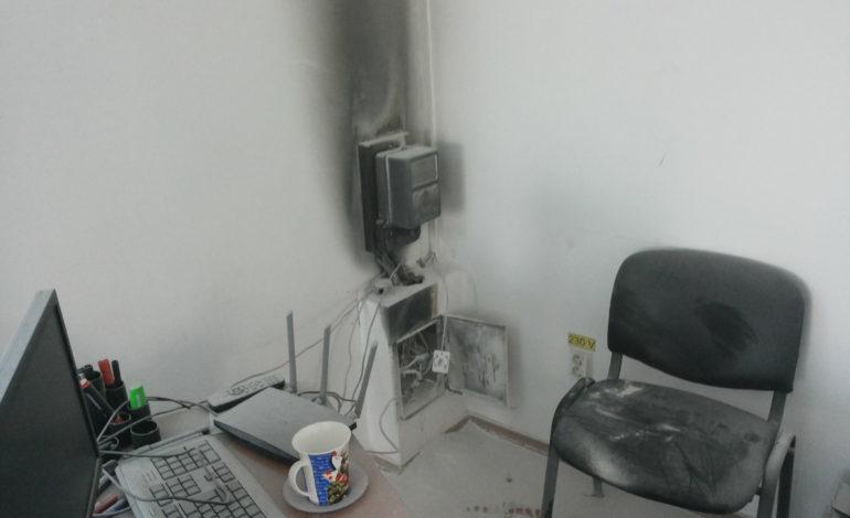 MIOVENI – A luat foc un cabinet stomatologic